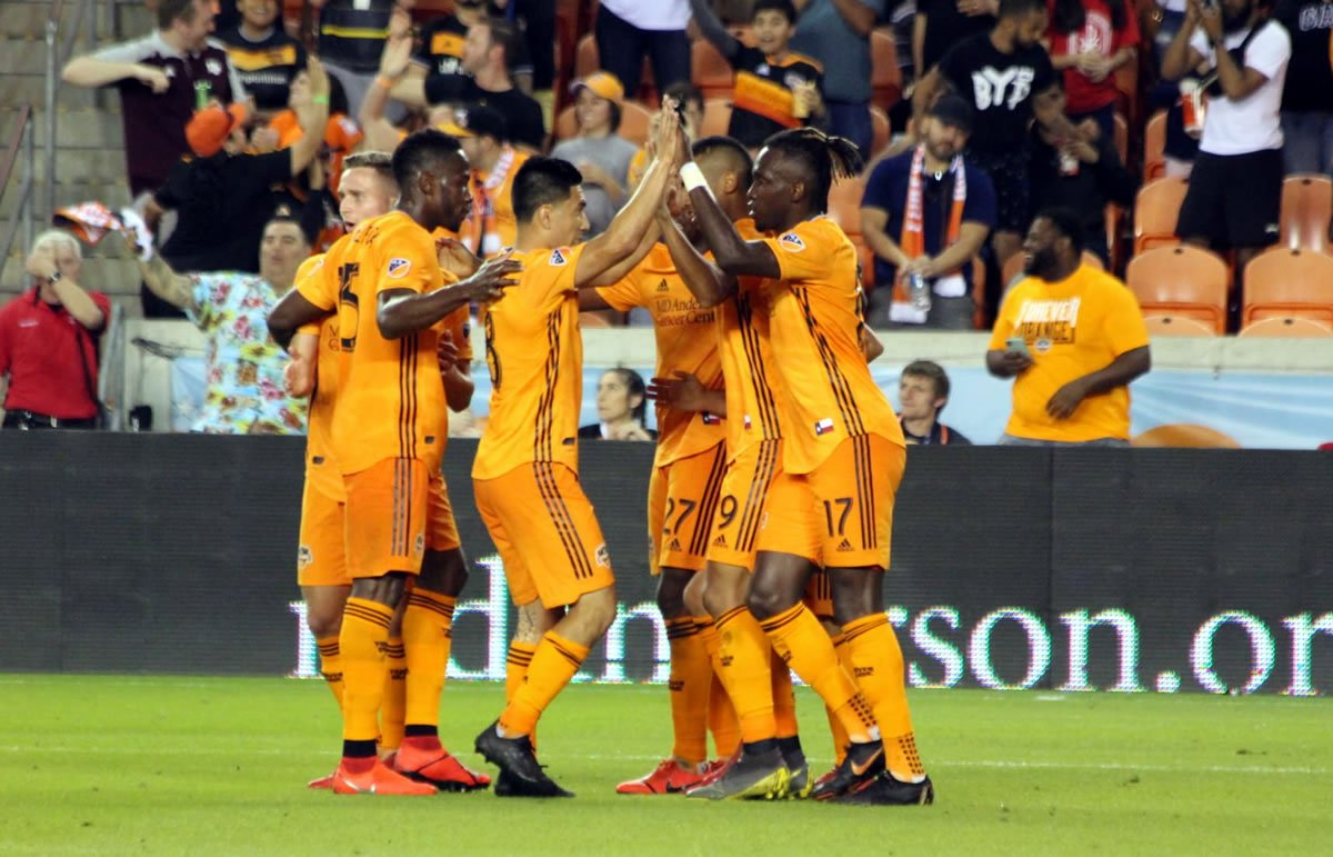 houston-dynamo-vs-Columbus-Crew